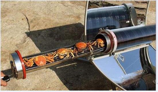 这样的太阳能烤炉真是太环保了,烧烤方式很特别